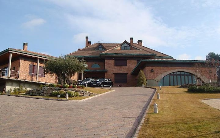 Villa Navalcón con fantásticas vistas