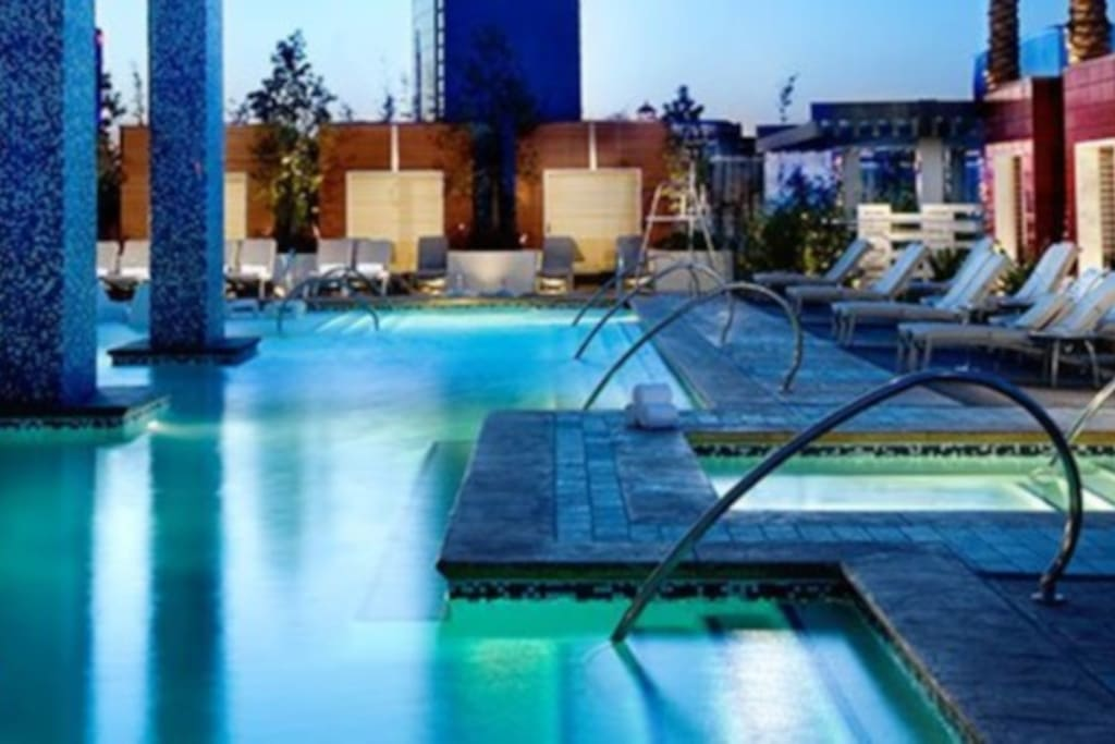 Outside swimming pool and spa
