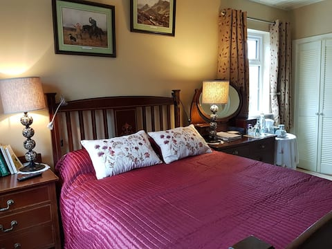 Brookvale B&B-Double en suite, in charming home