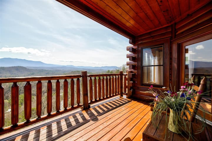Smoky Mountains | Majestic Views | Family Friendly