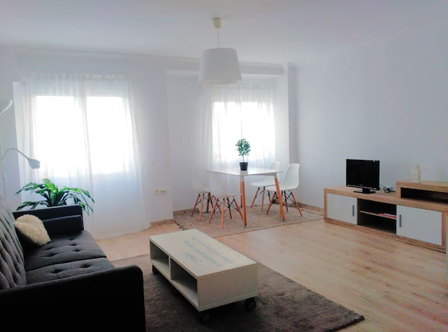 Cozy and refurbished flat in centric Gijon
