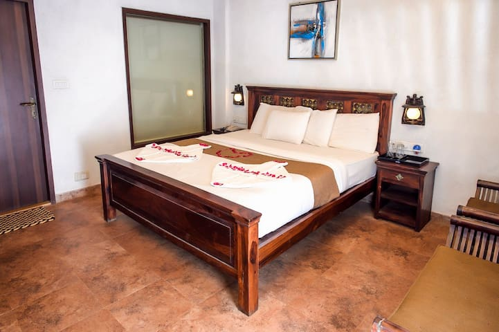 Colonial Suite In Nature Setting - Matheran - Butikhotel