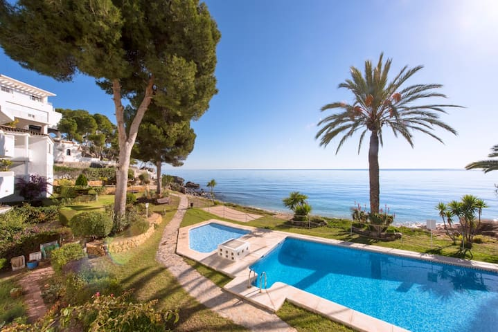 Bright holiday appartment with pool by the sea - Altea - Appartement