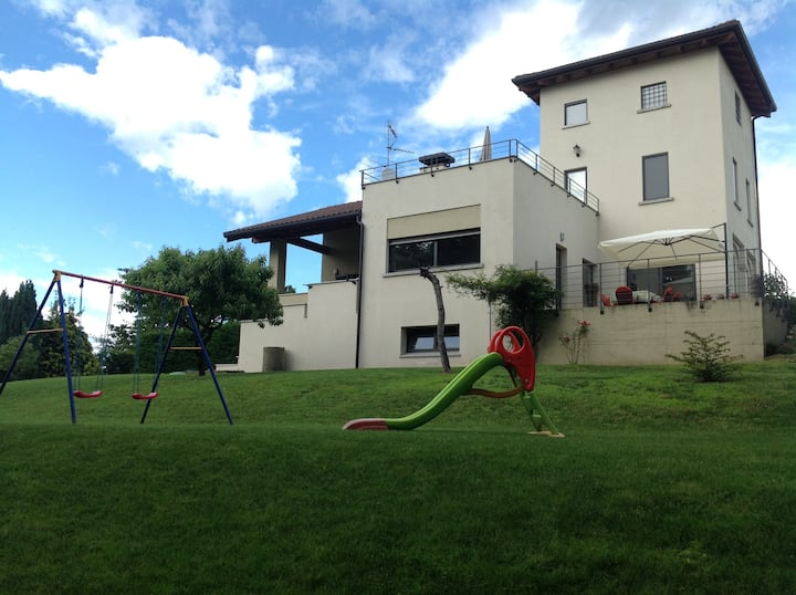 Arona di S. Cristina self catering holidays homes