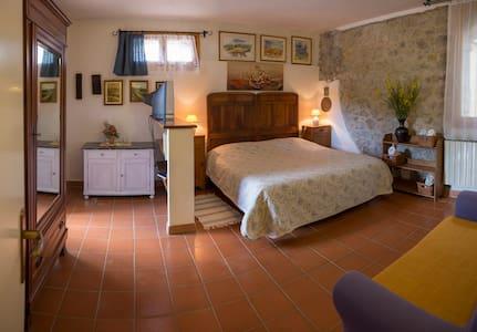 Wohnen bei der Familie am Weingut - Greve in Chianti