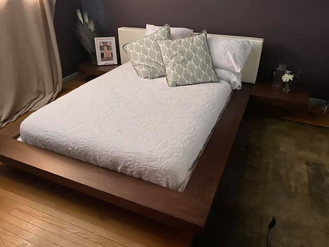Affordable Queen bedroom with shared bath