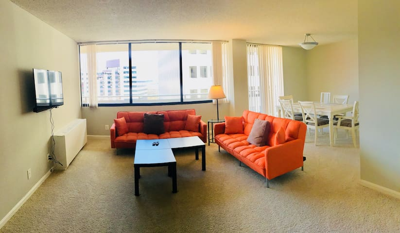 Highrise,6bed,2bedroom,2bath,freePARK,walk2metro