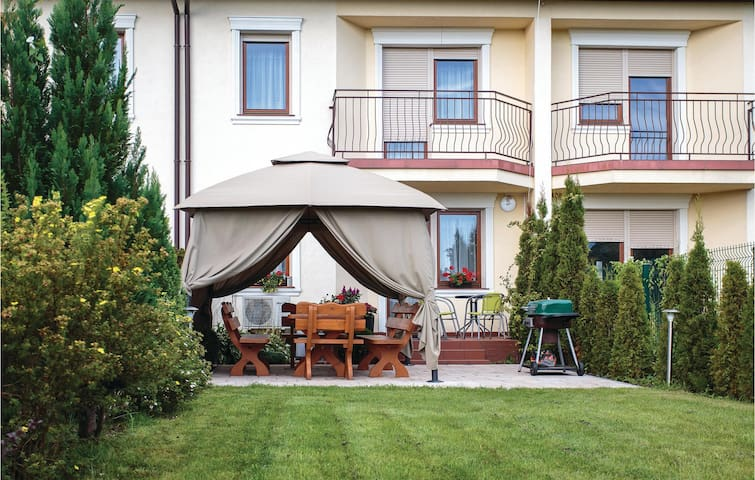 Terraced house with 5 bedrooms on 148 m²