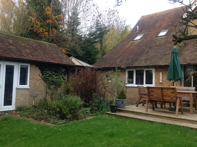 cosy self contained annexe in lovely countryside - Wrotham - Hus