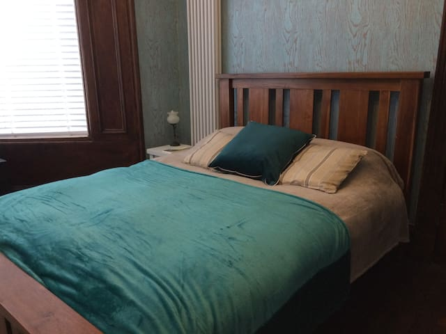 Bedroom in large house in Glasgow city