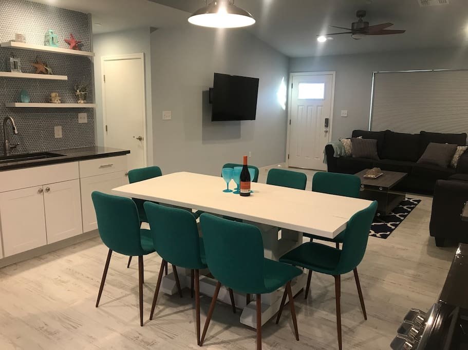 Perfect place to entertain. Photos of large backyard with 10 seater sectional and 6 seater table also is great for entertaining. Pictures coming soon of backyard.
