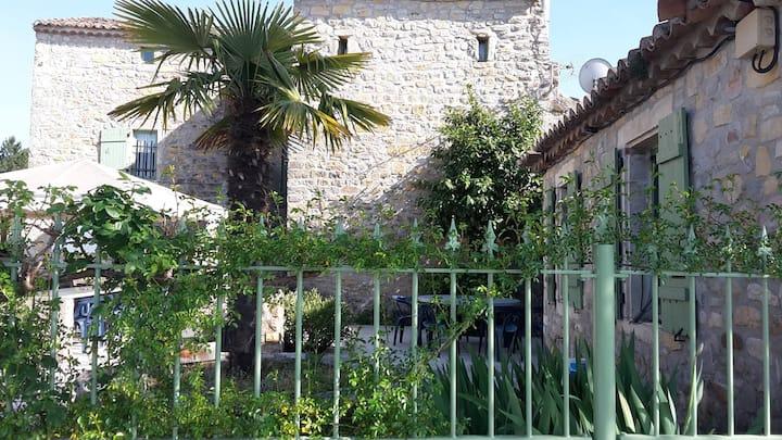Domaine de Ribière Gîte 20 Terrasse & Piscine
