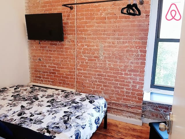 NYC has everything but spaces. Haha We still have enough just for you to enjoy your day here with opened closet with Industrial Style matched with Classic Brick wall Apartment of NYC!!!