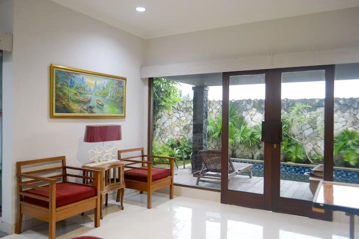 4BR Cabin Villa with Pool - Pakem Kaliurang