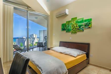 Wonderful Seaview Apartment 3 - Lakás