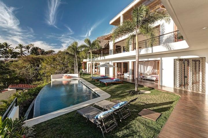 Modern Tropical Luxury, Nido Nanzal in Sayulita