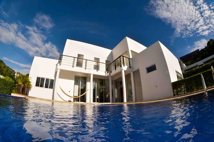 Casa en La Mesa  - Via Anapoima