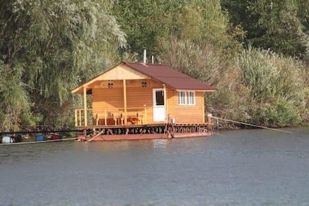Дом на воде - Samara - Nature lodge