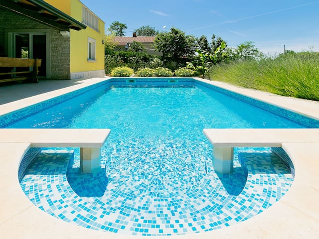 5-room villa 160 m² Ferienhaus in Umag