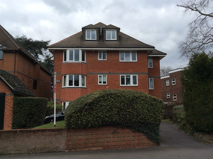 Grange Road Sutton - lovely two bed apartment