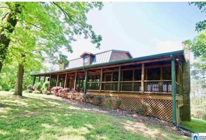 Peaceful Country Living on 8 wooded acres