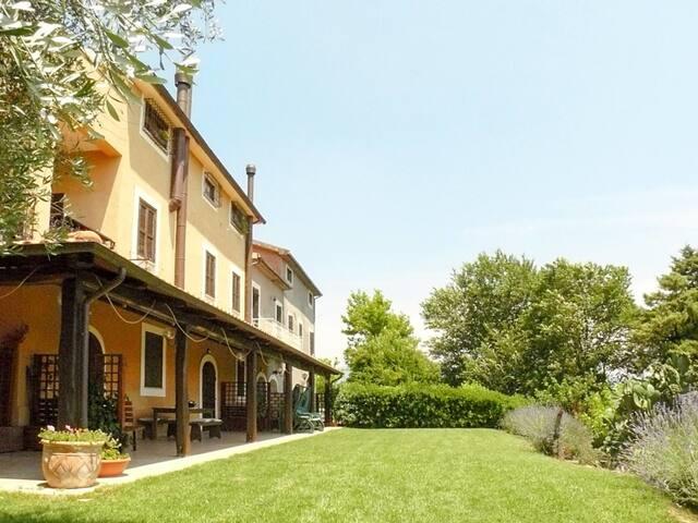 Apartment Casale di Colle