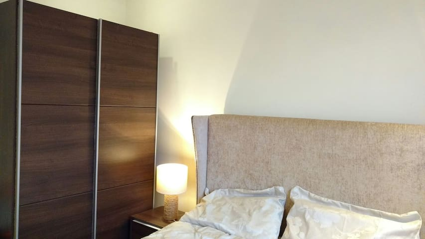 Private room with access to London Underground - Dagenham - Apartament