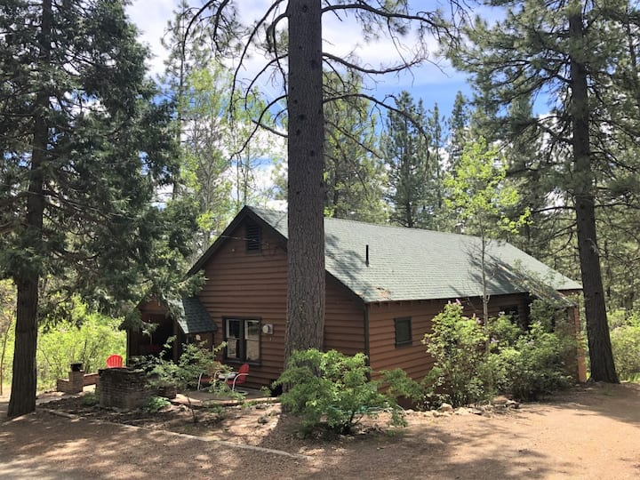 Peaceful Cabin on The Feather River
