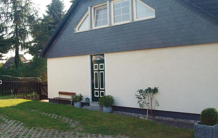 Holiday apartment with 1 bedroom on 52m² in Wusterhusen