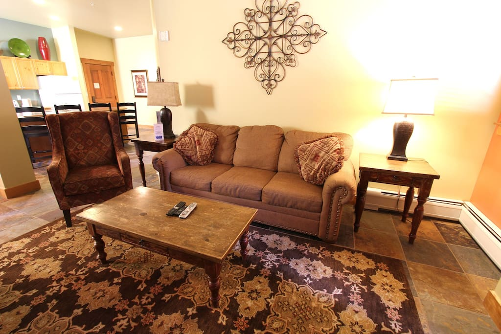 Couch, Furniture, Chair, Shelf, Indoors