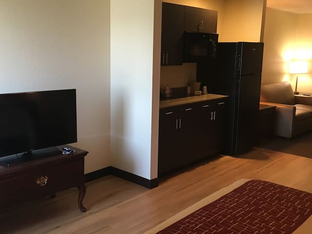 Inn off the Interstate - Council Bluffs