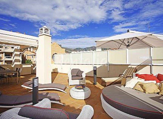 Apartment for 6 people only 100 meters from the beach, garage, 2 terraces