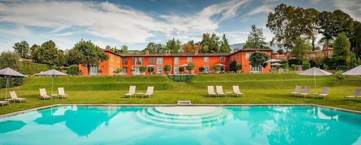 Stunning Luxury Villa with pool