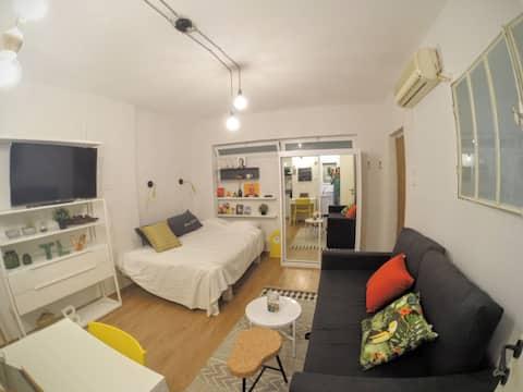 Prime location designed studio@Rothschild Blvd