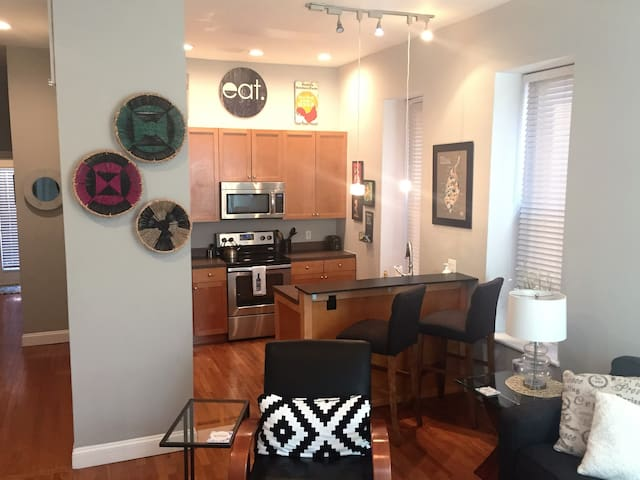 Trendy Soulard area One Bedroom Apartment - St. Louis - Flat