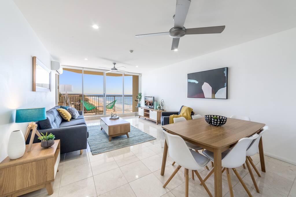Modern decor living area!