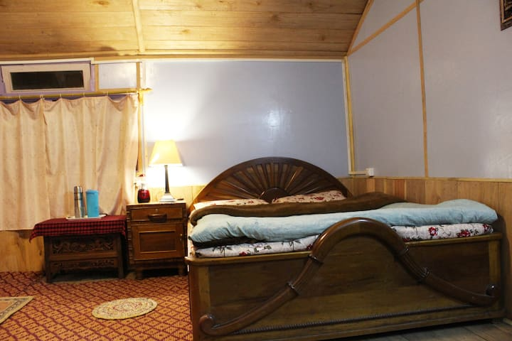 Monal Home Stay