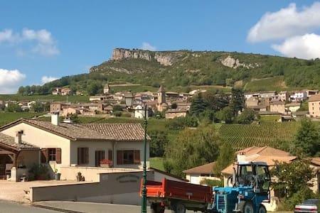 Maison de vigneron à Solutré - Solutré-Pouilly - Haus