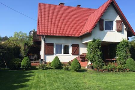 Dom na Kwiatowej - Junoszyno - Rumah