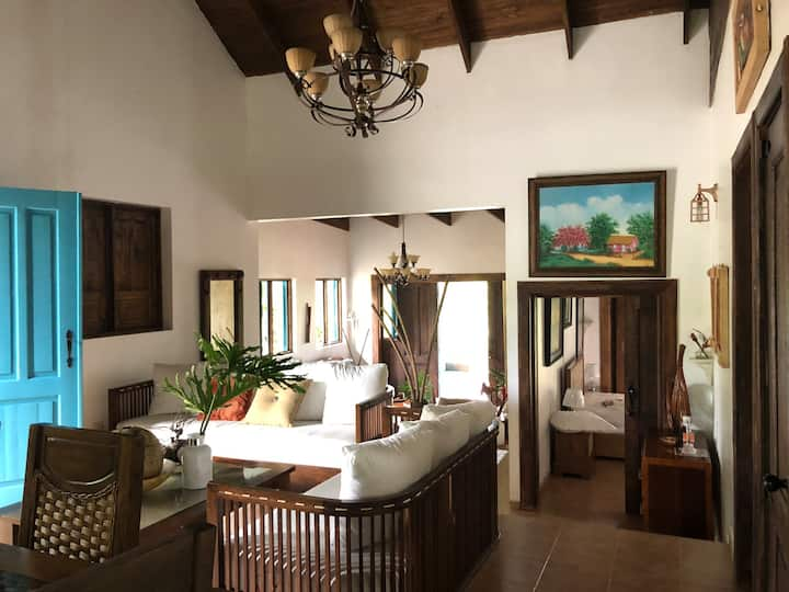 Villa Mi Casita en Las  Alturas