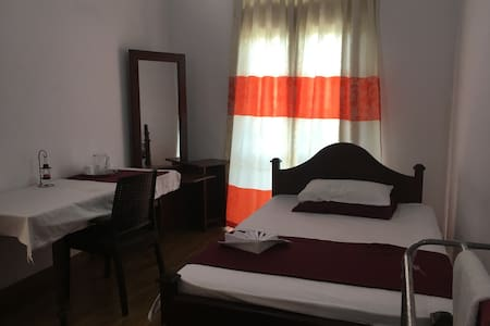 Peradeniya Home in a convenient location