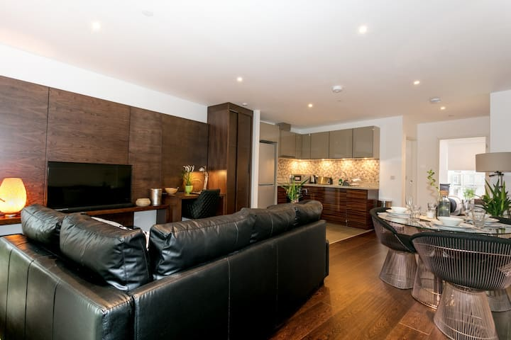 Beautiful Newly Designed 2 Bedroom Apartment 5