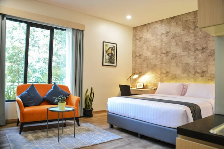 Treehouse Suites - Boutique Serviced Apartment (2)