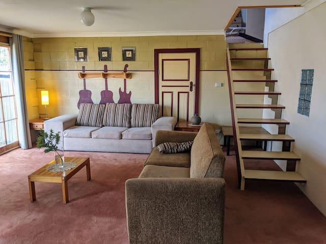Large loft style unit. Warm, Comfortable, Quiet