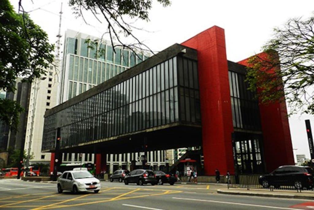 Próximo ao MASP e Av. Paulista