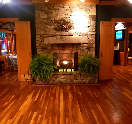 Fireplace Suite Without Loft