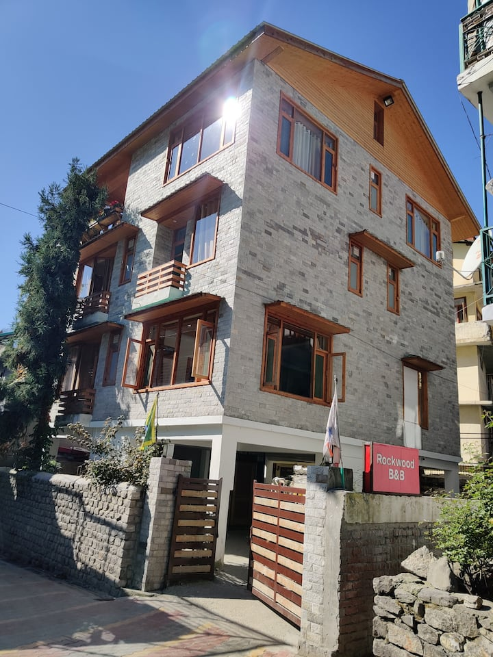 Rockwood B&B: Exotic 2 room in the heart of Manali