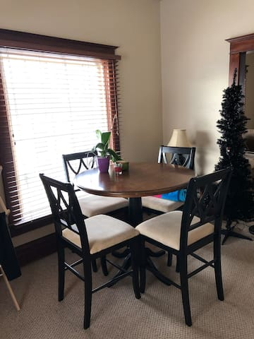 Extra Rooms for rent or short stays