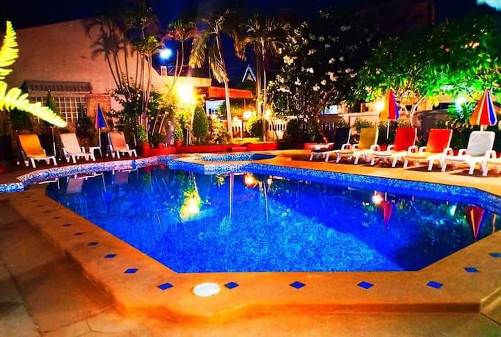 Southern Star Resorts(Standard)Free Breakfast 1stF