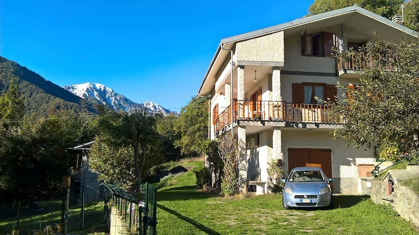 Bellissima casa su due piani - Borgata Chiaronto - Rumah
